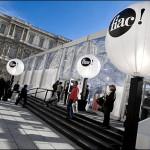 Fiac 2007, épisode 2, la cour carrée du Louvre
